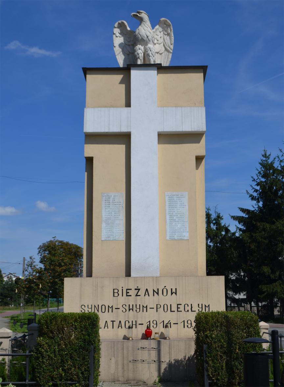 Pomnik - Bieżanów Synom-Swym-Poległym